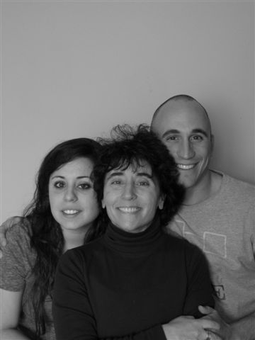 Alicia, Richard and Mom